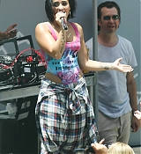 Demi Lovato Performs Y100 Pool Party in Miami - July 2