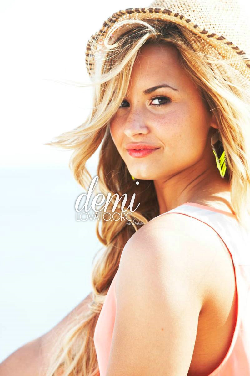 demi lovato self photoshoot - photo #6