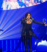 Demi Lovato Performs at Kansas City, MO at Demi Lovato World Tour - September 23