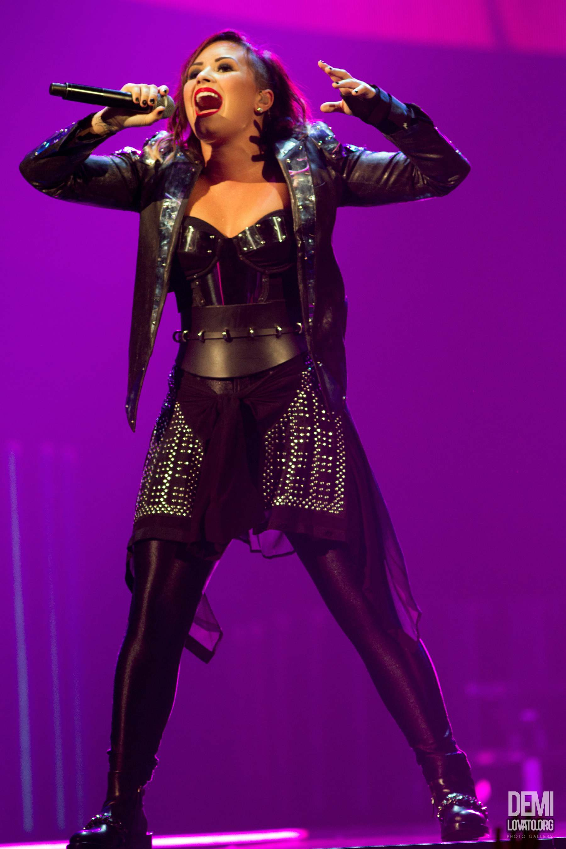 Demi Lovato Performs at San Antonio TX for World Tour - September 19
