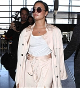 At_LAX_Airport_in_Los_Angeles_-_May_16-97.jpg