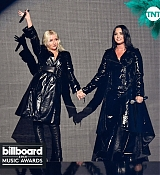 Billboard_Music_Awards2C_Las_Vegas_5BPerformance5D_-_May_2000002.jpg