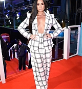 Demi_Lovato_-_24th_MTV_Europe_Music_Awards_in_London_on_November_12-09.jpg