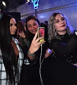 Demi_Lovato_-_24th_MTV_Europe_Music_Awards_in_London_on_November_12-20.jpg