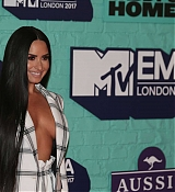Demi_Lovato_-_24th_MTV_Europe_Music_Awards_in_London_on_November_12-30.jpg