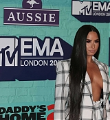 Demi_Lovato_-_24th_MTV_Europe_Music_Awards_in_London_on_November_12-31.jpg