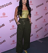 Demi_Lovato_-_29Rooms_opening_night_of__Refinery_29_Turn_it_into_Art__on_December_6-06.jpg