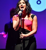 Demi_Lovato_-_A_Night_To_Celebrate_Elvis_Duran_presented_by_Musicians_On_Call_on_March_21-02.jpg