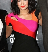 Demi_Lovato_-_A_Night_To_Celebrate_Elvis_Duran_presented_by_Musicians_On_Call_on_March_21-09.jpg