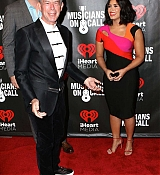 Demi_Lovato_-_A_Night_To_Celebrate_Elvis_Duran_presented_by_Musicians_On_Call_on_March_21-12.jpg