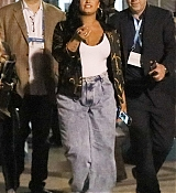 Demi_Lovato_-_After_her_performance_at_the_Super_Bowl_in_Miami2C_FL__02022020-06.jpg