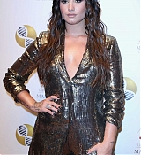 Demi_Lovato_-_Alcides___Rosaura_28ARD29_Foundations___A_Brazilian_Night__on_September_7-04.jpg