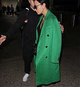 Demi_Lovato_-_Arrives_to_LAX_in_Los_Angeles_on_Feb_5-16.jpg