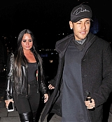 Demi_Lovato_-_Arriving_at_Wembley_Stadium_In_London2C_UK_on_November_14-05.jpg