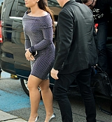 Demi_Lovato_-_Arriving_at_the_GAT_of_the_Airport_Schoenefeld_in_Berlin2C_Germany_on_September_26-01.jpg