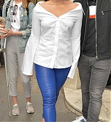 Demi_Lovato_-_At_BBC_Radio_1_Studios_in_London_on_September_27-11.jpg