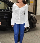 Demi_Lovato_-_At_BBC_Radio_1_Studios_in_London_on_September_27-13.jpg