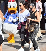 Demi_Lovato_-_At_Disneyland_in_Anaheim2C_CA_on_September_10-18.jpg