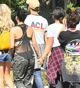 Demi_Lovato_-_At_Disneyland_in_Anaheim2C_CA_on_September_10-29.jpg