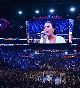 Demi_Lovato_-_At_Mayweather_VS_Mcgregor_fight_in_Las_Vegas_on_August_26-05.jpg