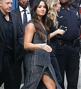 Demi_Lovato_-_At__Good_Morning_America__Studios_in_NYC_on_September_5-02.jpg