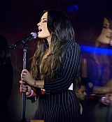 Demi_Lovato_-_Bulgari_flagship_store_opening_celebration_in_New_York_on_October_20-05.jpg
