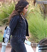 Demi_Lovato_-_In_Los_Angeles_on_August_28-17.jpg