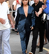 Demi_Lovato_-_Leaving_Z100_Radio_Station_Studios_in_NYC_on_August_17-04.jpg