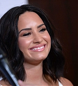 Demi_Lovato_-_Open_Mind_Gala_in_Los_Angeles_on_March_22-12.jpg