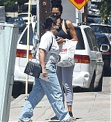 Demi_Lovato_-_Out_and_About_in_Los_Angeles2C_California_08262020-03.jpg