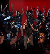 Demi_Lovato_-_Performs_24th_MTV_Europe_Music_Awards_in_London_on_November_12-08.jpg