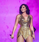 Demi_Lovato_-_Performs_at_BeautyKind_Unites_Concert_for_Causes_in_Arlington2C_Texas_on_March_25-01.jpg