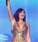 Demi_Lovato_-_Performs_at_BeautyKind_Unites_Concert_for_Causes_in_Arlington2C_Texas_on_March_25-06.jpg