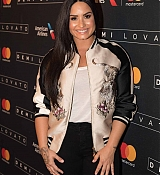 Demi_Lovato_-_Performs_exclusively_for_American_Airlines_AAdvantage_Masterc_28329.jpg
