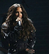 Demi_Lovato_-_Premios_Telehit_Awards_in_Mexico_-_November_9-01.jpg