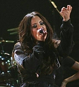 Demi_Lovato_-_Premios_Telehit_Awards_in_Mexico_-_November_9-06.jpg