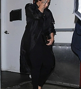 Demi_Lovato_-_Steps_out_after_having_dinner_at_Craig_s_in_West_Hollywood2C_CA_March_52C_2019-03.jpg