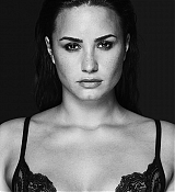 Demi_Lovato_-_Tell_Me_You_Love_Me_Photoshoot_2017-05.jpg