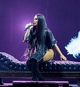 Demi_Lovato_-_Tell_Me_You_Love_Me_Tour_at_Little_Caesars_Arena_in_Detroit2C_Michigan_-_March_132C_2018-04.jpg