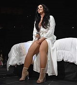 Demi_Lovato_-_Tell_Me_You_Love_Me_Tour_at_the_Barclay_Center_in_NYC_-_March_162C_2018-06.jpg