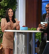 Demi_Lovato_-_The_Ellen_DeGeneres_Show_on_April_5-02.jpg