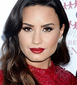 Demi_Lovato_-_The_Summer_Spectacular_to_Benefit_the_Brent_Shapiro_Foundation_for_Drug_Prevention_on_September_9-33.jpg
