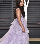 Demi_Lovato_-_Vanity_Fair_Oscar_Party_in_Los_Angeles_on_Feb_26-12.jpg