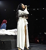 Demi_Lovato_-_Viejas_Arena_at_Aztec_Bowl_San_Diego_State_University_on_February_262C_2018-03.jpg