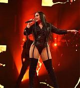 Demi_Lovato_-_Viejas_Arena_at_Aztec_Bowl_San_Diego_State_University_on_February_262C_2018-10.jpg