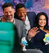 Demi_Lovato_-__Good_Morning_America__at_the_ABC_Times_Square_Studios_on_March_20-08.jpg