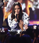 Demi_Lovato_-__iHeartRadio_Music_Festival_in_Las_Vegas_on_September_23-14.jpg