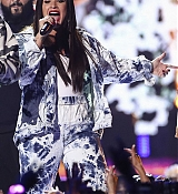 Demi_Lovato_-__iHeartRadio_Music_Festival_in_Las_Vegas_on_September_23-38.jpg