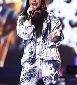 Demi_Lovato_-__iHeartRadio_Music_Festival_in_Las_Vegas_on_September_23-41.jpg