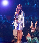 Demi_Lovato_-_iHeartRadio_Music_Awards_on_March_5-04.jpg